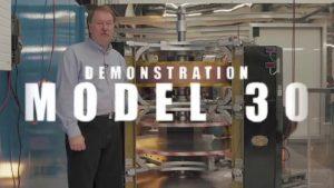 Earth Engine mit Dennis Danzik Model 30