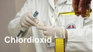 Chlordioxid in den Händen von Ärzten
